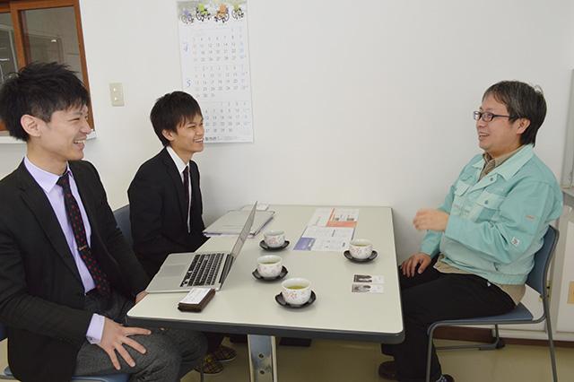企業様と学生をサポートするコーディネーター